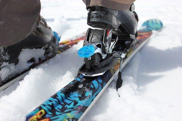 Zapięcie nart